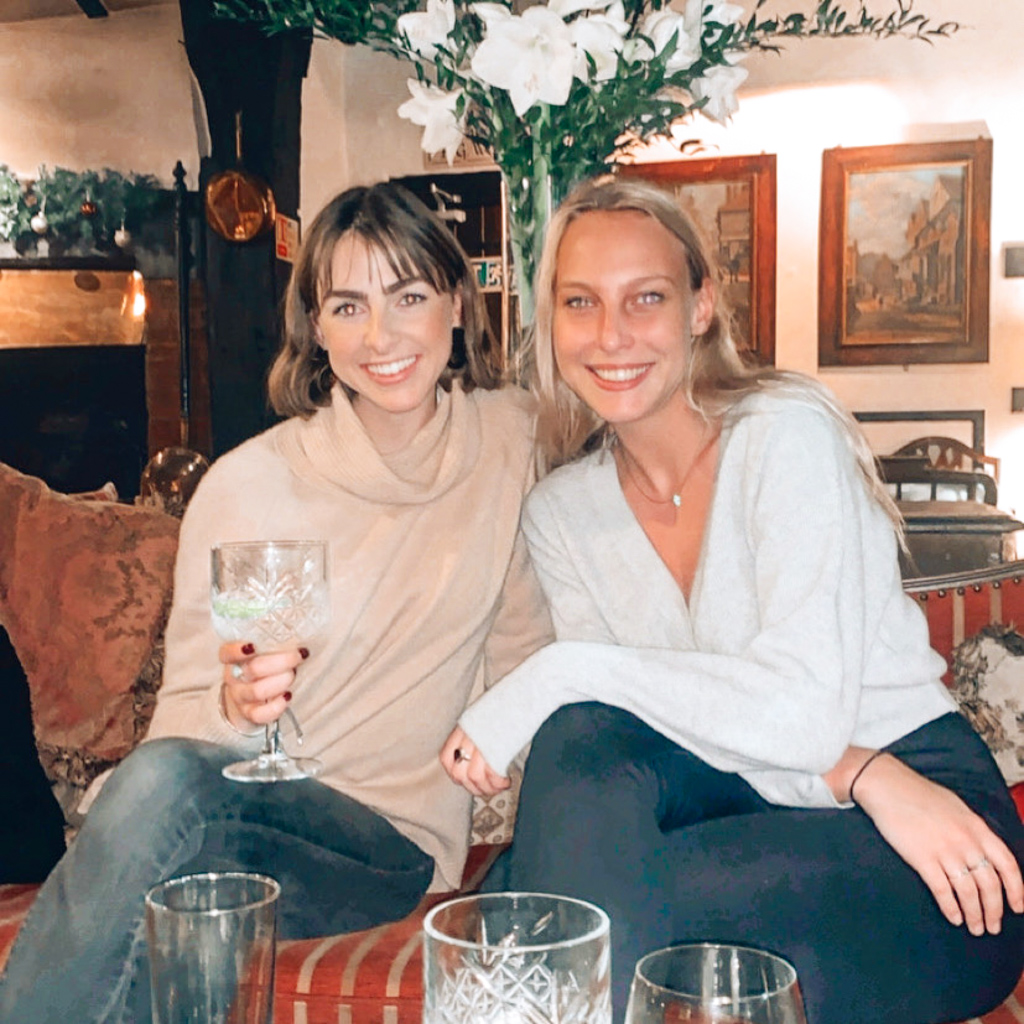 the girls drink Gin and Tonic's in England, a lovely cocktail